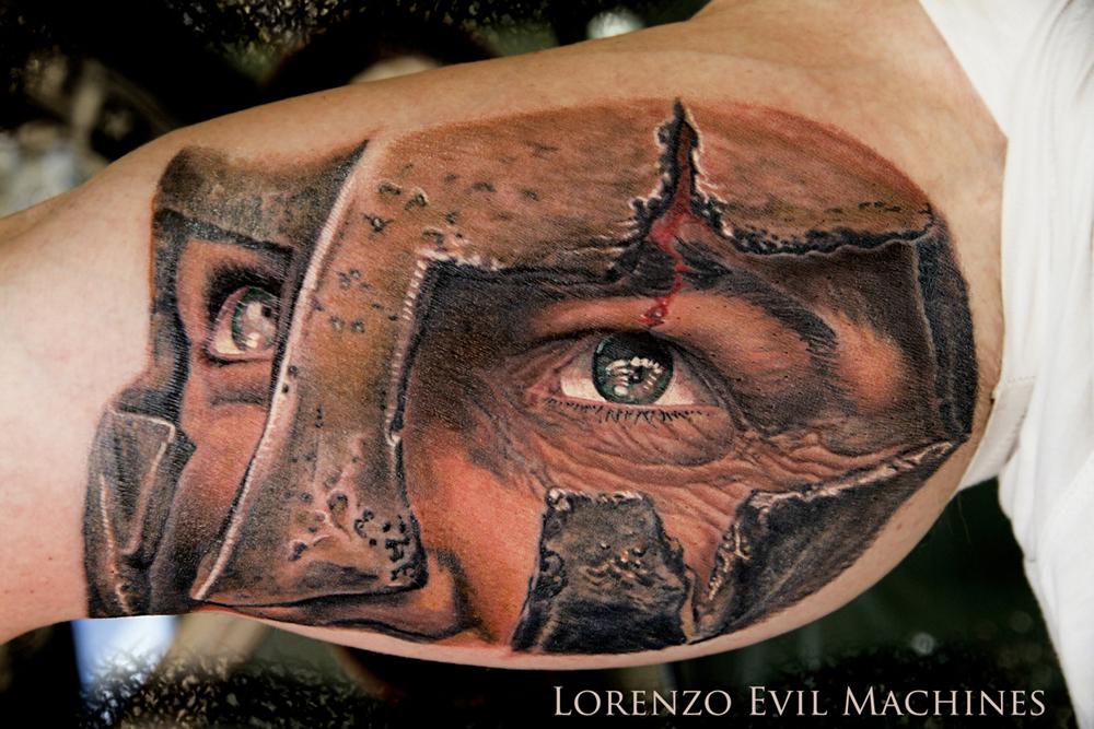 300_Leonidas_Lorenzo_Evil_machines_tattoo_color_realistic_tatuaggi_realistici_roma_sito_best_migliore
