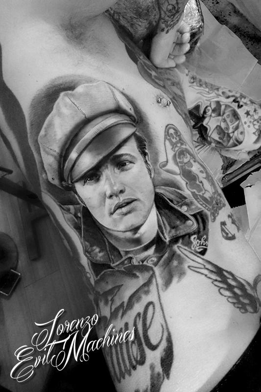 Marlon_Brando_Ritratto_Il_Selvaggio_Black_Gray_3d_Migliore_Tattoo_Lorenzo_Evil_Machines_Tatuaggi_Realistici_Roma_sito_best_migliore
