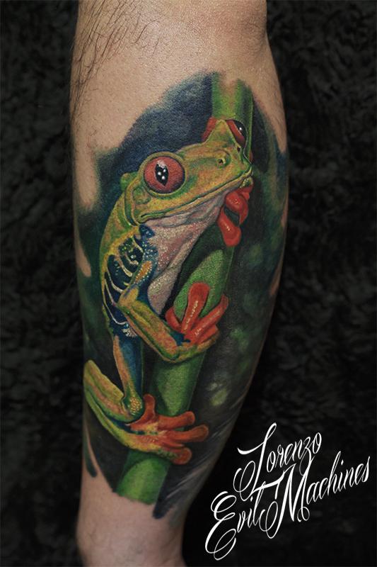 Rana_tropicale_frog_real_Lorenzo_tatuatore_Evil_Machines_realistic_tattoo_tatuaggi_realistici_3d_Roma_ritratto_best_migliore