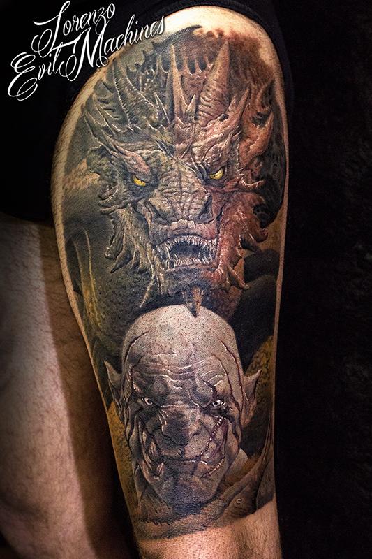 Smaug_orco_pallido_Tolkien_hobbit_signore_anelli_lord_ring_ritratto_Lorenzo_Evil_machines_tattoo_tatuaggi_realistici_colori_Roma_sito_best_migliore