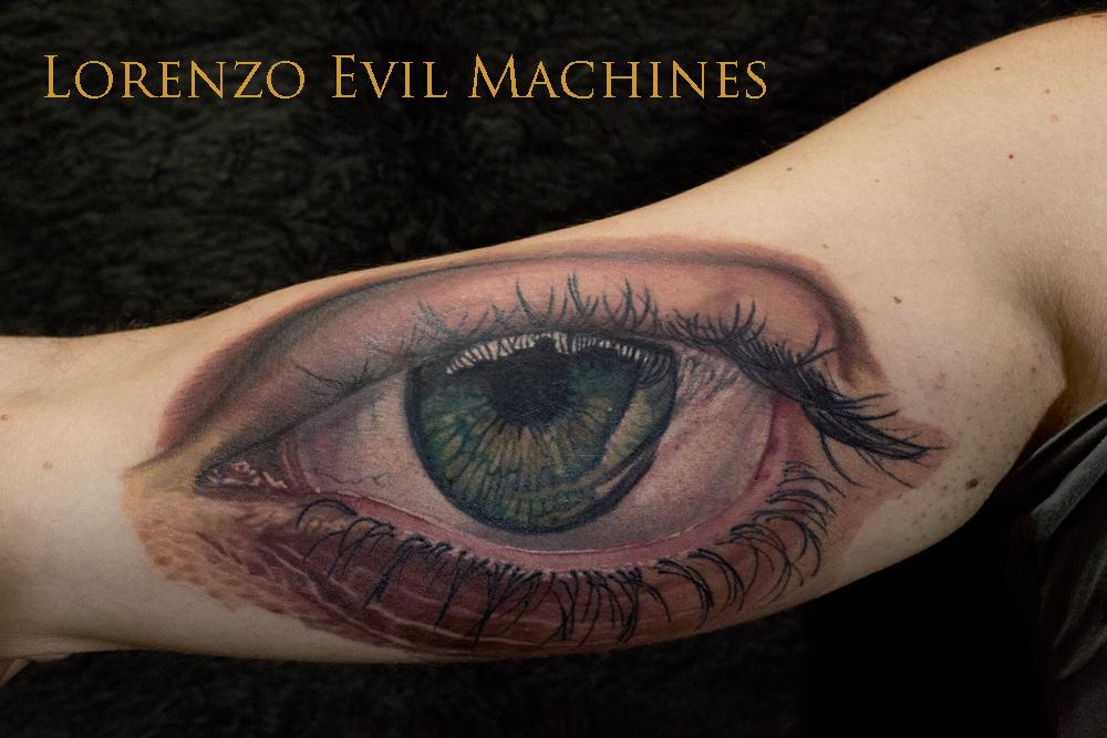 Occhio_Verde_Realistico_Green_Eye_Tattoo_tatuaggio_Lorenzo_Evil_Machines_Studio_best_migliore