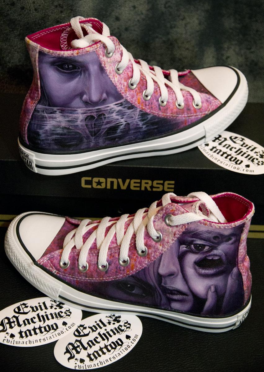 Converse_Custom_permanent_hand_painted_by_Stefania_Galasso_Evil_Machines_tattoo_Roma