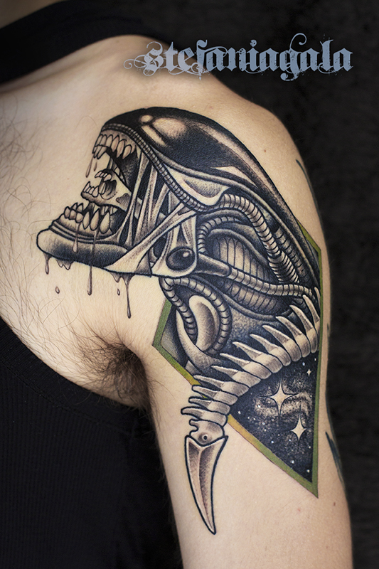 Alien_Movie_Film_Cult_disegni_personalizzati_neo_new_traditional_Stefania_Gala_Evil_Machines_Tattoo_Roma_best_migliore