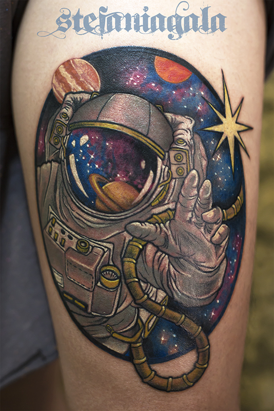 Astronauta_Stella_Galassia_Galaxy_star_disegni_personalizzati_neo_new_traditional_Stefania_Gala_Evil_Machines_Tattoo_Roma_best_migliore