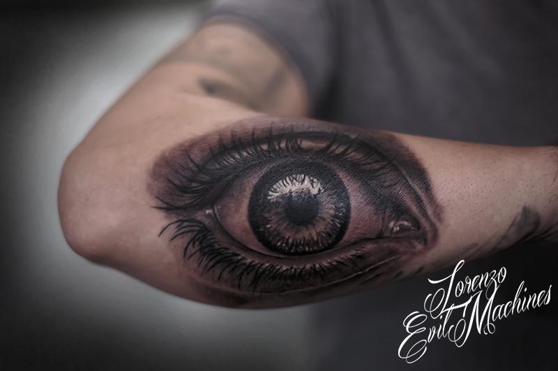 Occhio_Eye_Man_Lorenzo_Evil_Machines_3d_migliore_tattoo_Roma_tatuaggio_realistico_sito_best_migliore