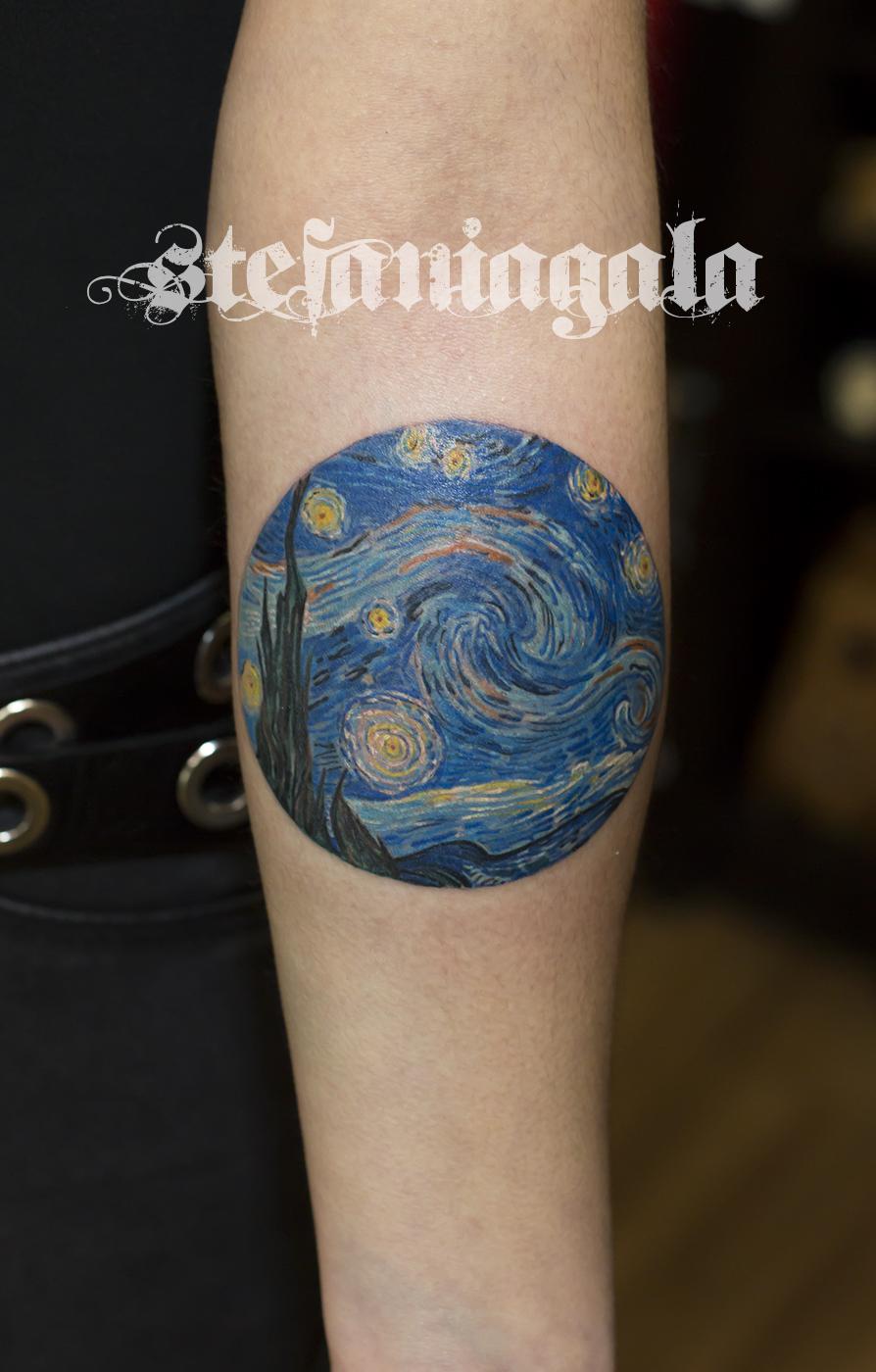 Van_gogh_De sterrennacht_notte_stellata_Vincent_amsterdam_colori_disegni_personalizzati_Stefania_Gala_Evil_Machines_Tattoo_Roma_migliore