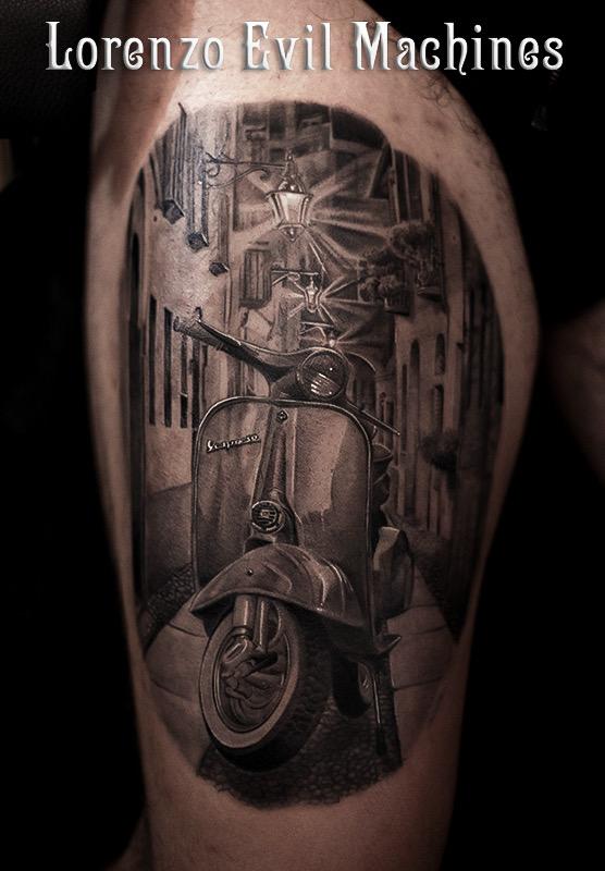 Vespa_Piaggio_vintage_Lorenzo_Evil_machines_tatuatore_realistic_tattoo_tatuaggi_realistici_Roma_miglior_3d_definitiva