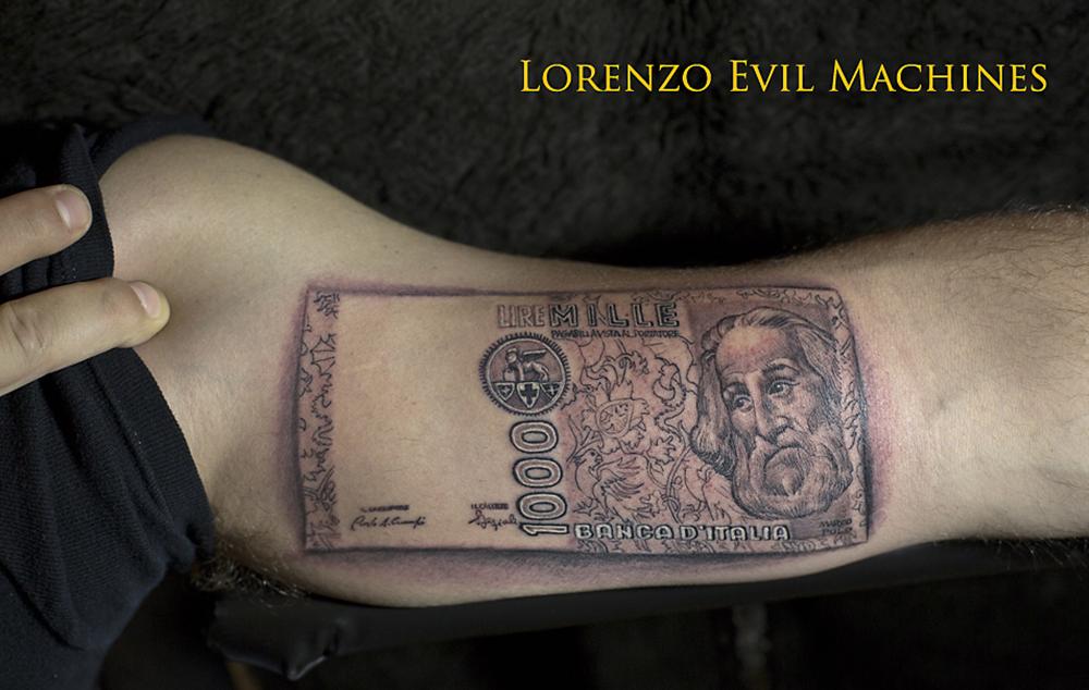 Mille_lire_Lorenzo_tatuatore_Evil_Machines_realistic_tattoo_tatuaggi_realistici_3d_Roma_miglior_migliore_ritratto_sito