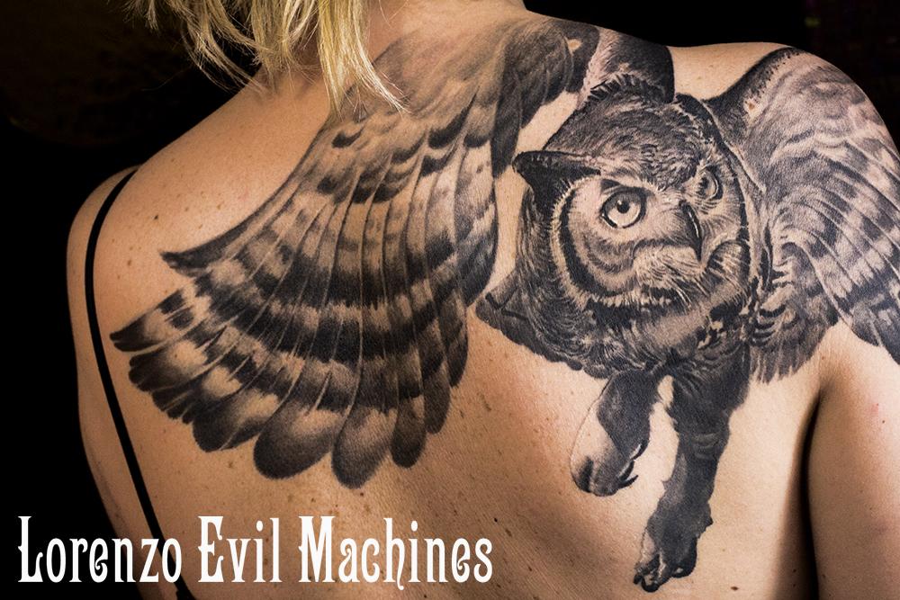 Gufo_lorenzo_ evil_machines_tattoo_tatuaggio_realistico_miglior_tatuatore_roma_sito